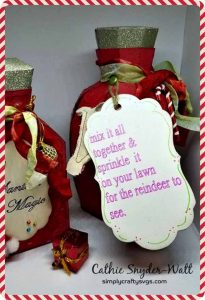 Christmas version of the of theApothecary Bottle Set. They are reindeer food bottles with edible glitter candy sprinkles!